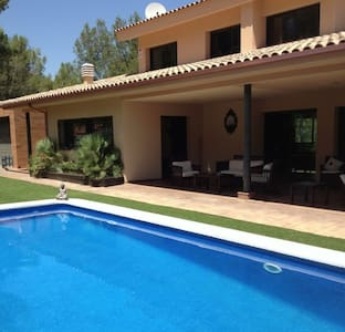 Aircon Villa private pool nr Sitges - Olivella
