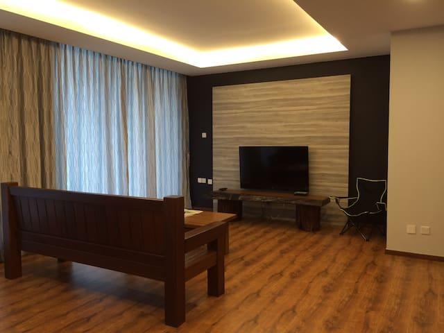 Kuching Vivacity Jazz Suite Unit