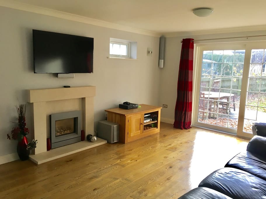 Shared living room with whopping HD TV, with Sky Movies, Amazon Prime Video and Netflix all at your disposal
