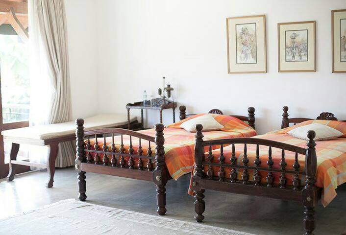 Subashri - Deluxe Suite 4 - Kandy, Central Province, LK