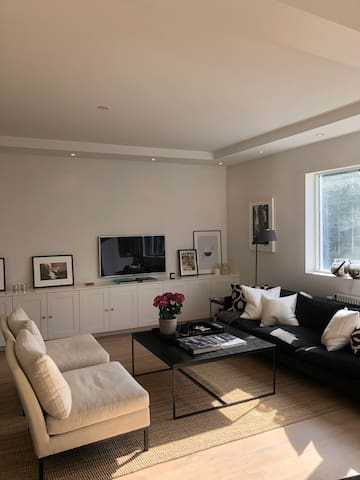 Lovely apartment in safe and upscale neighboorhood