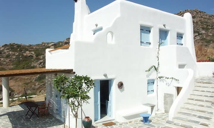 Naxos KARADES HOUSES - POSEIDON 75M2