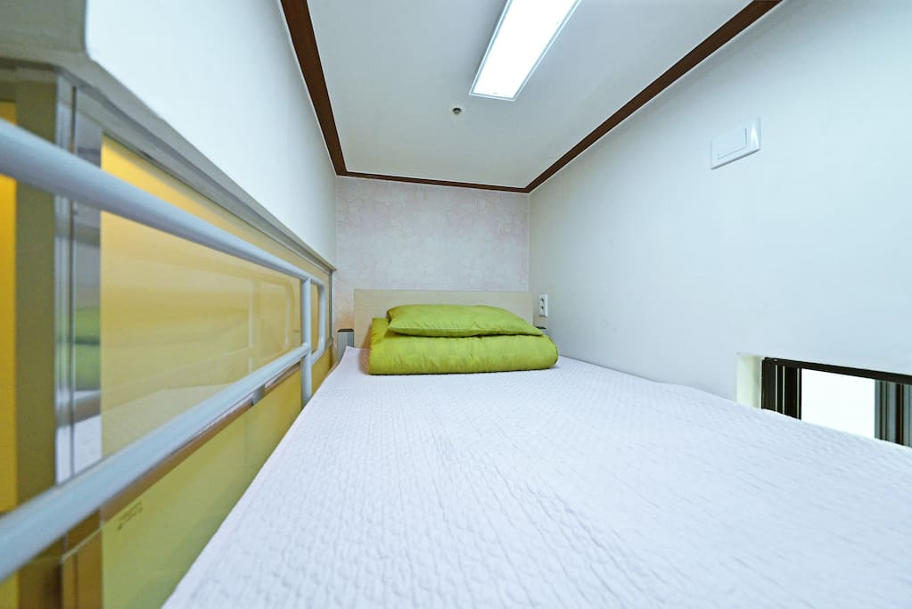 Single A - single bed (2F)