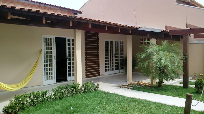 Alugo casa completa em Bonito Ms.