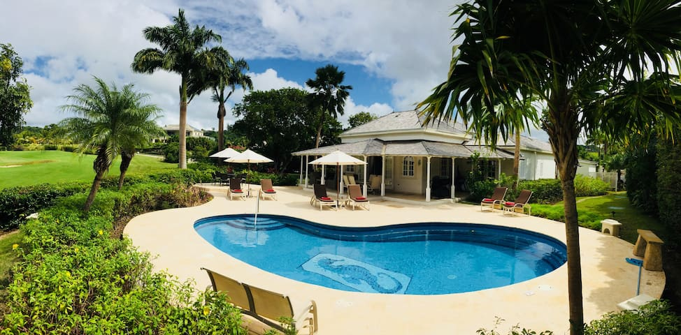 3 Bed Villa with Private Pool and Sea & Golf Views