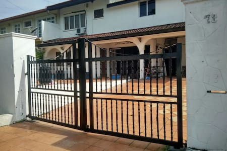 73 Home2stay (backpackers/budget) - Petaling Jaya - Bungalow