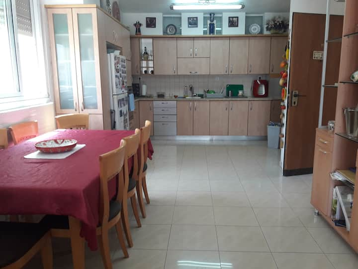 17 -31 July, Jerusalem Fabulous Vacation Rental