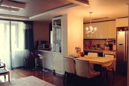 Cozy room in the heart of Gangnam - Gangnam-gu - Apartamento