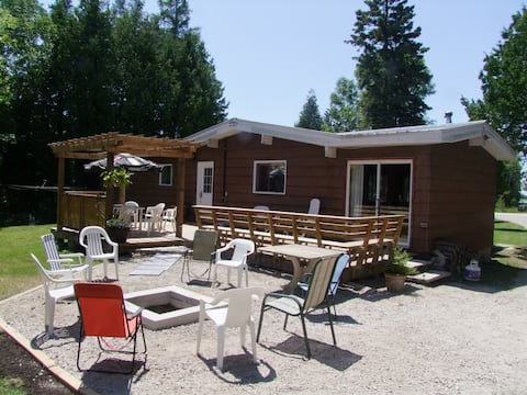 Bruce Peninsula, Howdenvale Cottage