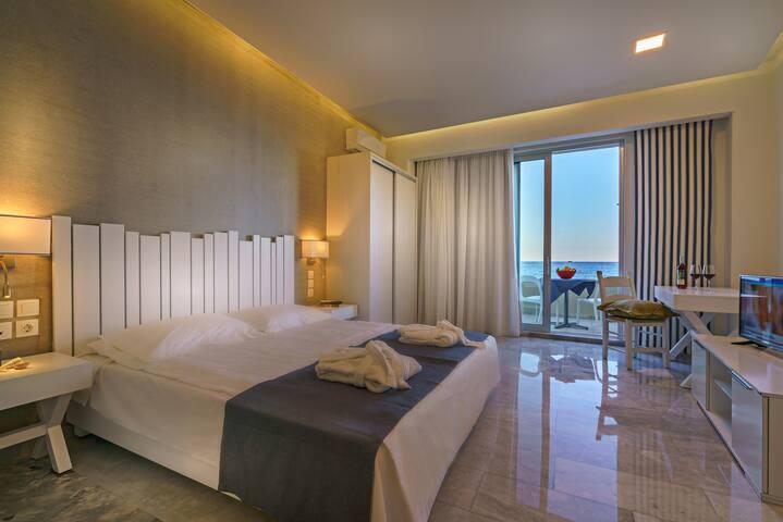 Super Suite with Sea view - Rethymno