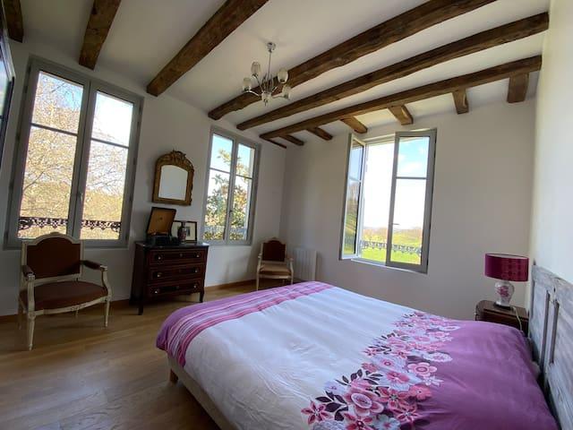 chambre 1 avec lit queen size