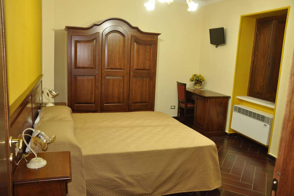 Tipologia di camera matrimoniale con possibilità di letto aggiunto sdoppiabile