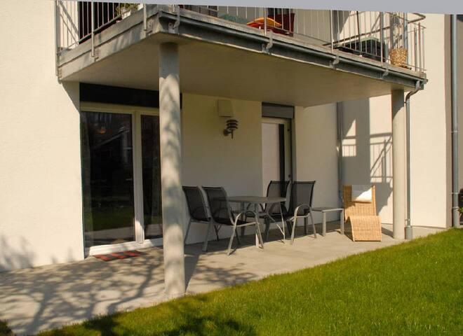 Ferienhaus Unteruhldingen, (Uhldingen-Mühlhofen), Ferienwohnung EG , 63qm, 2 Schlafzimmer, max. 4 Personen