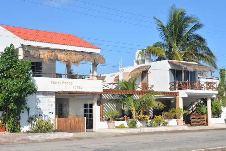 Hotel Punta Ponto