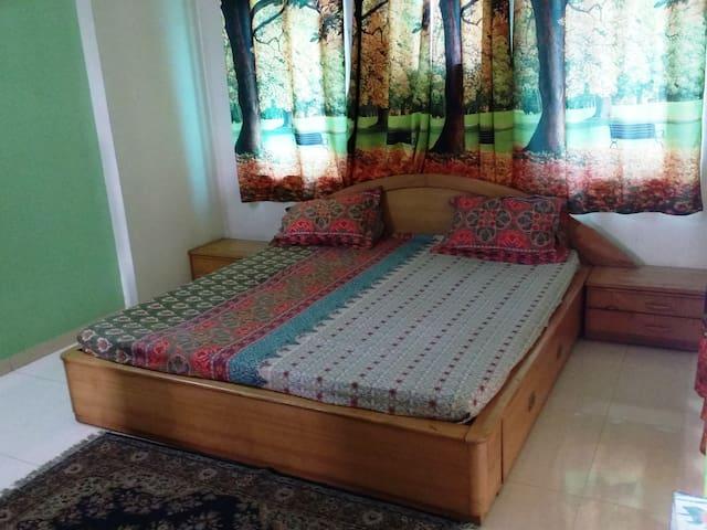 sunil rae - Ahmedabad - Apartment