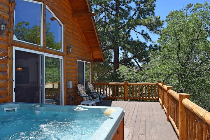 Autumn Bliss: Hot Tub! Slope VIews! Pool Table! - Big Bear - Leilighet