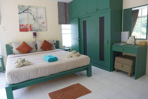 Deluxe Kingbed Room Kitchenette Balcony
