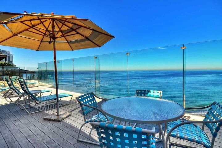 Dana Point Luxury Oceanfront Condo with Pool and Incredible Views!