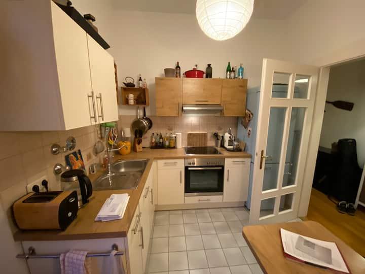 Liebevoll eingerichtetes Appartement in Neuhausen