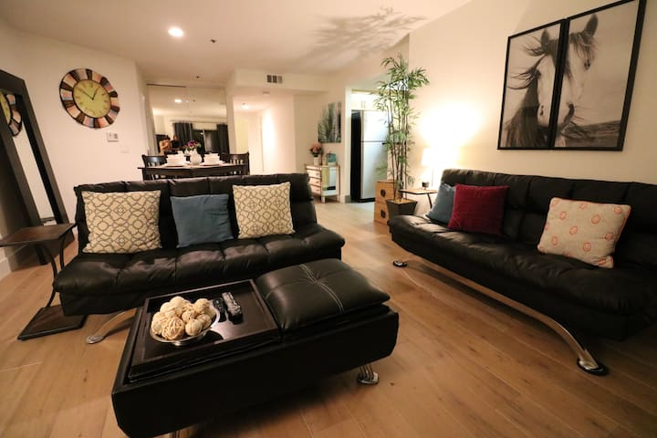5-Star Beautiful 3-Bedroom Apt With Large Sundeck - West Hollywood - Apartamento