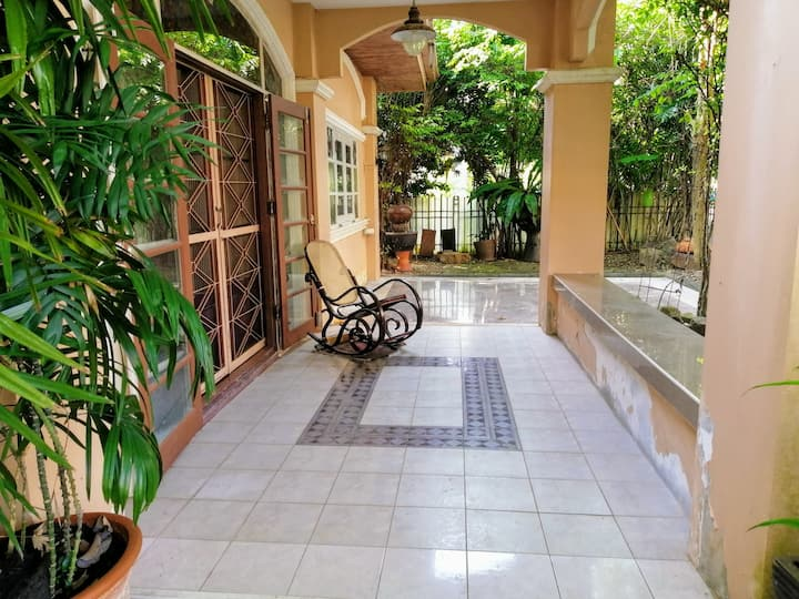 Relax in your second home (5 rooms )