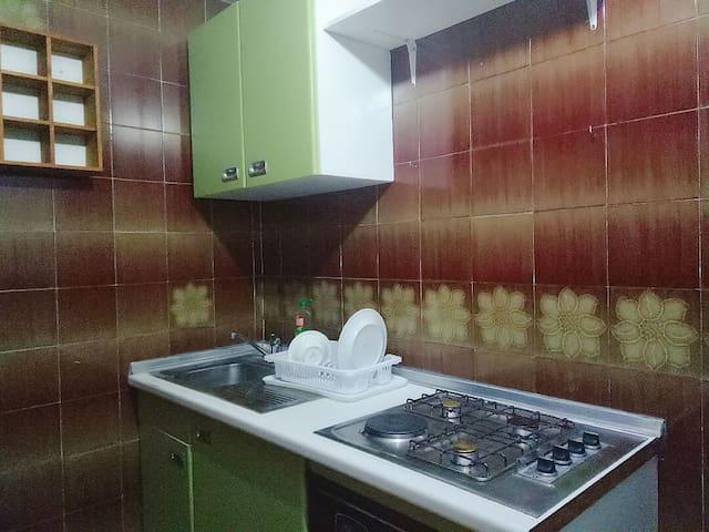 Room private Madrid center Metro L5,L10,ML2,3