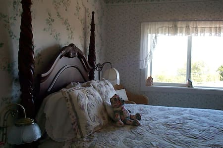 The Anchorage Inn B&B - Coupeville - Bed & Breakfast