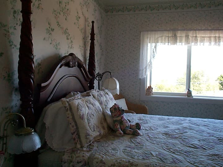 Anchorage Inn - room #2 - The Cabot