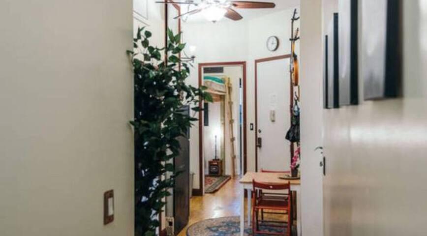 Sunny Master Bedroom In Prime Williamsburg 30 Days