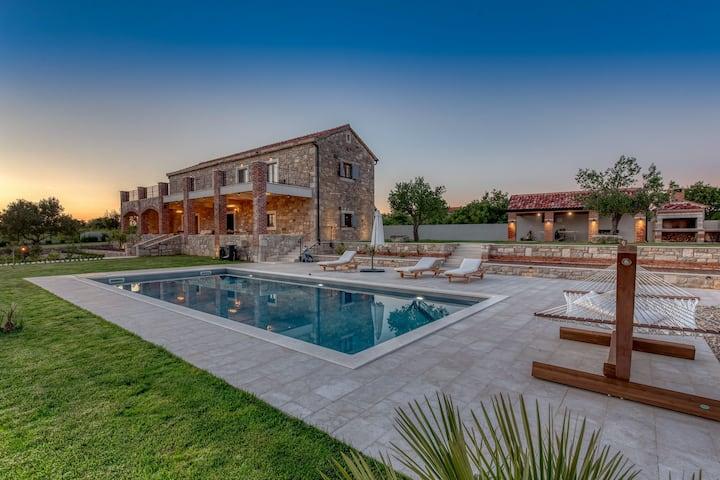 Villa Emilio, Croatia Luxury Rent