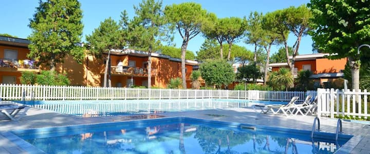 apartment for 4+2 persons in Bibione R81825