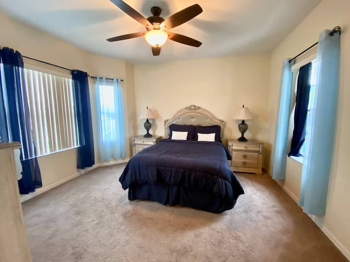 (Room L) Private Master Bed/Bath - Gated Community