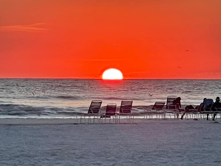 Siesta Key Enjoy your own beach & tennis paradise
