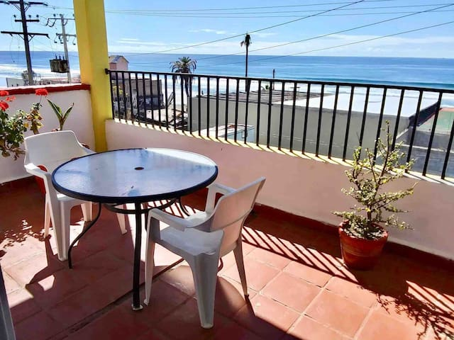 Panoramic ocean view apartment, steps to the beach
