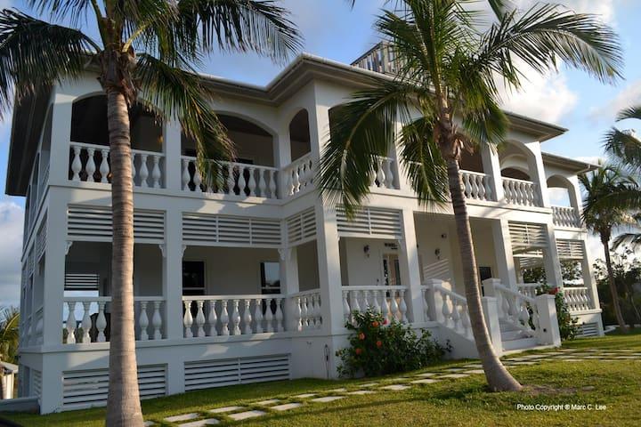 New Luxury Villa at The Best Beach on The Island!