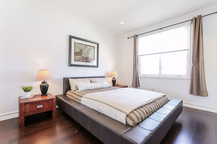 Sun danced penthouse in prime Brentwood location