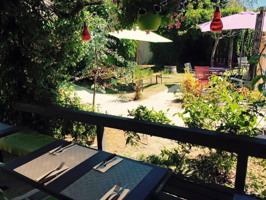 terrasse côté jardin