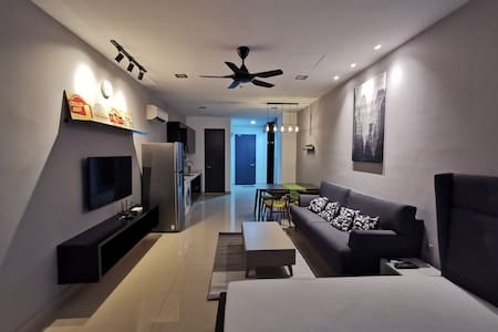 Newly renovated 1BR in First Subang SS15