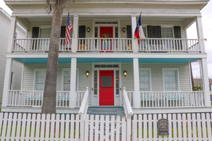 The Wilbur Cherry House # 1   Near Cruise Terminal
