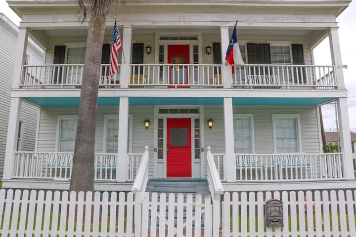 The Wilbur Cherry House # 1   Near Strand & beach