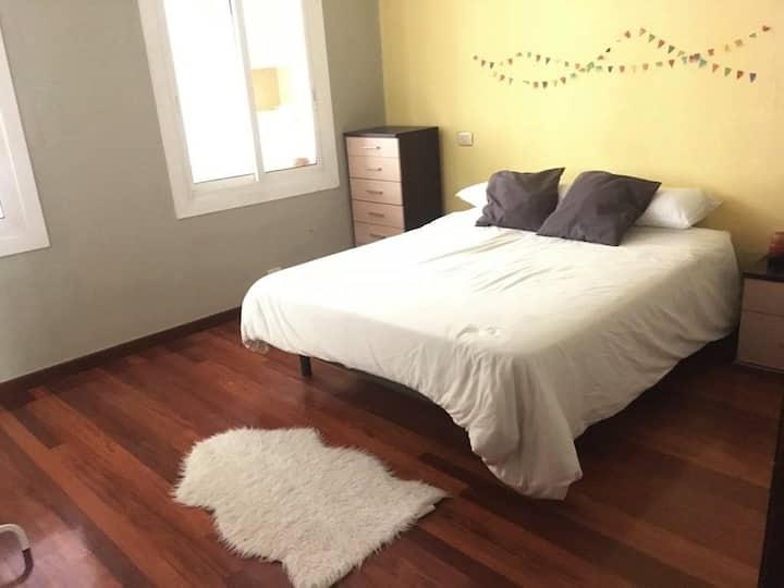 Riquiña habitación doble en el centro de Vigo