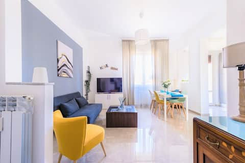 Hostly - ColorHome Pisa Midtown - 3BR-3 Private BA