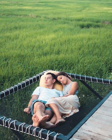 F2R18 Double bedroom 传统特色 大床房 /清迈稻田民宿 夜间动物园附近