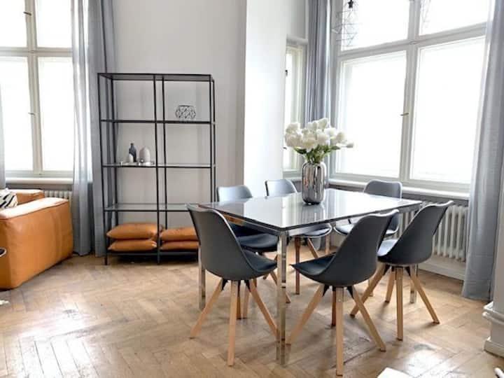 130sqm Lux 3 Bedroom next to Rosenthaler Platz