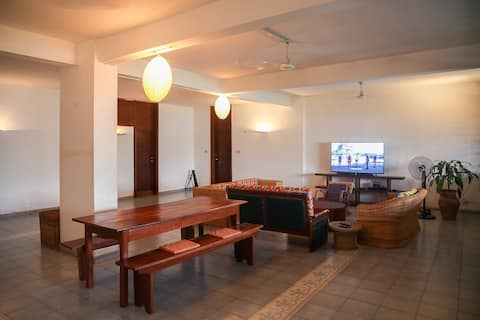 Spacieux appartement sur le fleuve Oubangui
