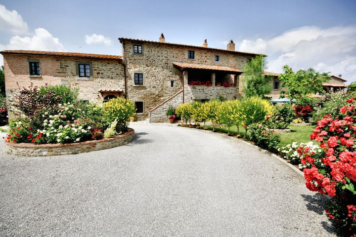La Mucchia Nr. 6 - Vacation Rental in the countryside of Cortona, Tuscany