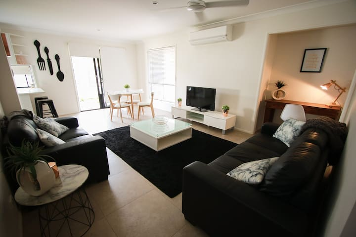 Ryan on Newbury-private fully self contained unit - Carindale - Apartemen