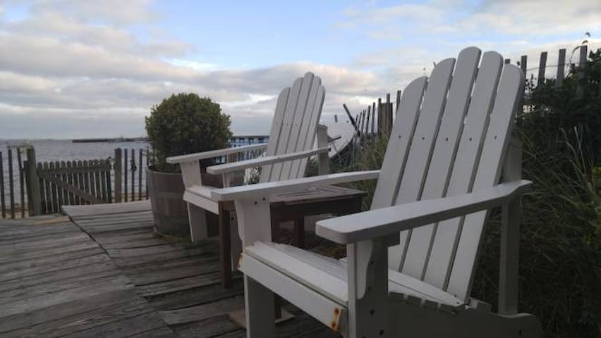 Comfortable room in beautiful bay-view home - Provincetown - Hus