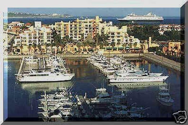 $195night Marina Fiesta Resort 2Bd Pres 6/15-7/13