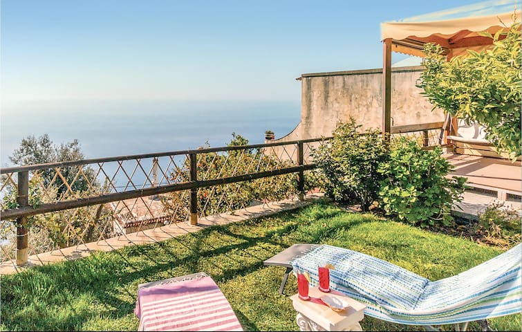 Holiday cottage with 2 bedrooms on 70m² in Furore SA